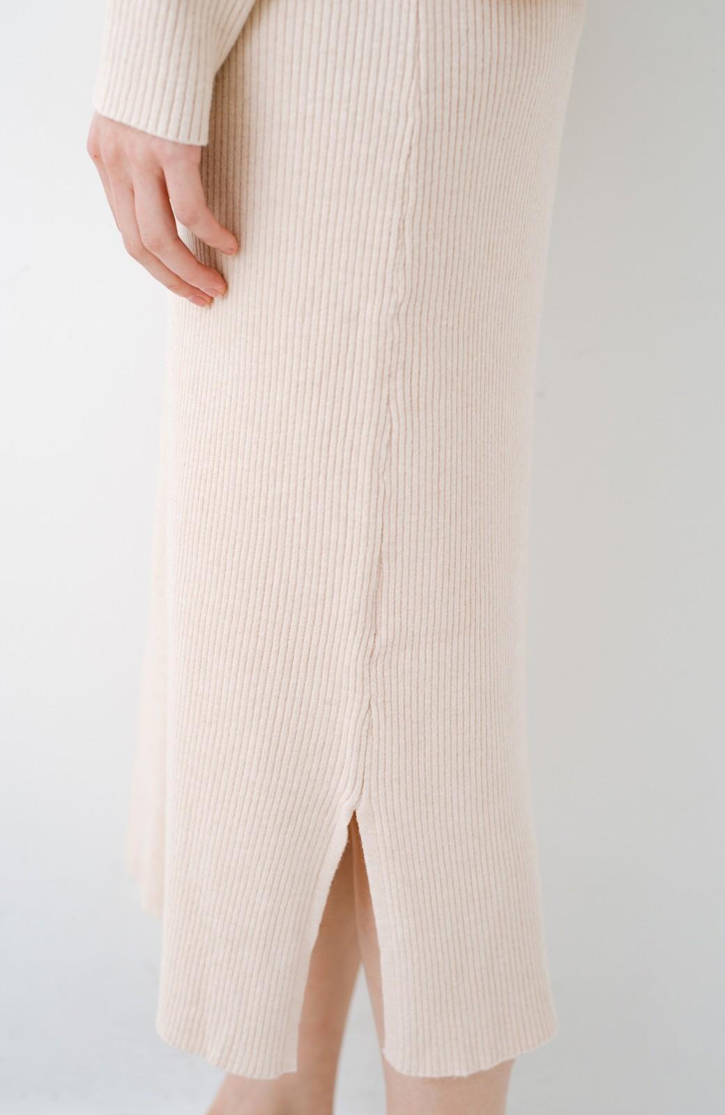 haco! ニットワンピースとキャミソールを重ねて着るだけでパッとオシャレに見えるうれしいセット by style zampa <ライトベージュ>の商品写真5