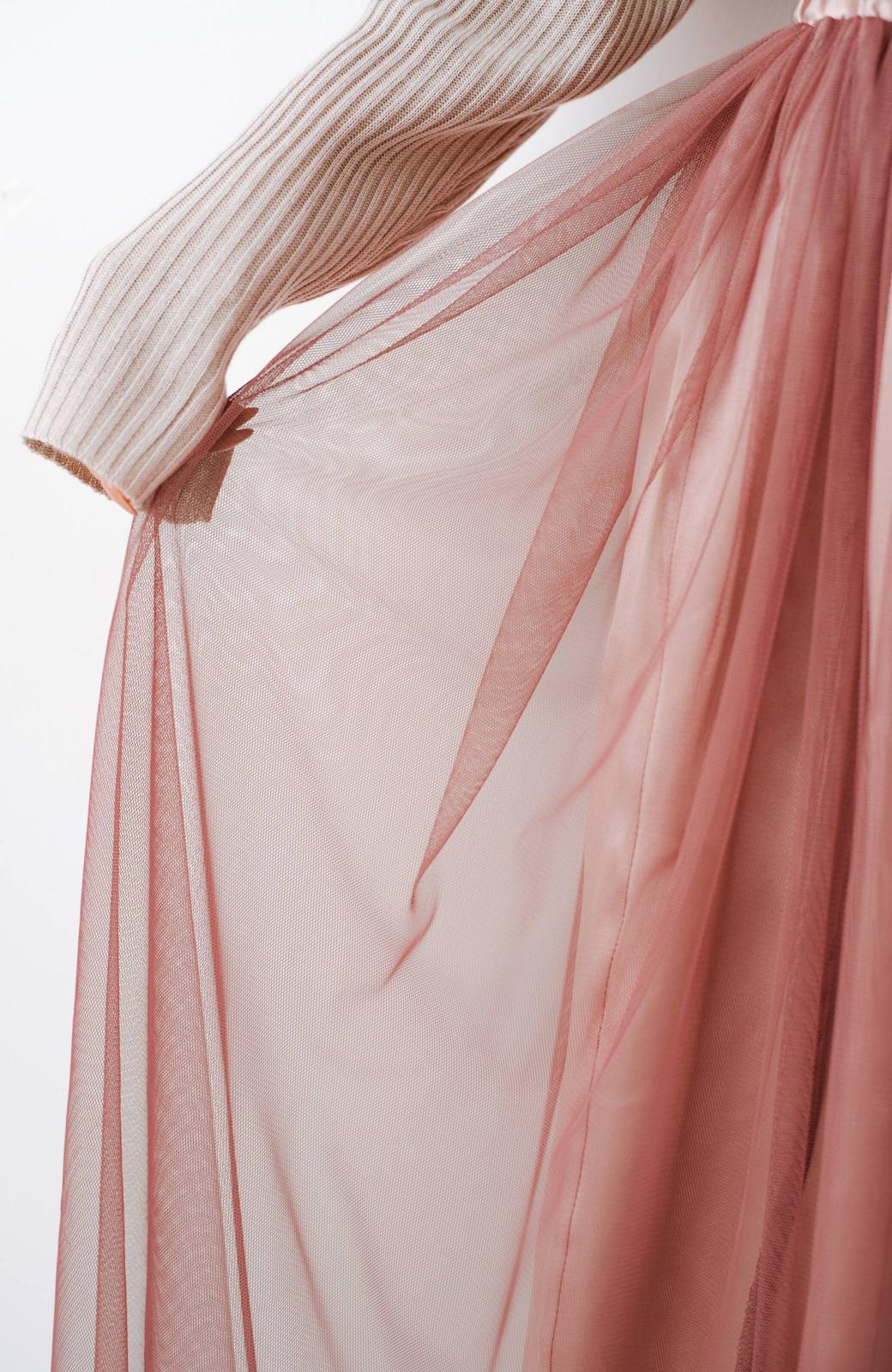 haco! 着るだけでルンとした気分になる! 長ーーい季節着られてずっと使えるオトナのためのチュールスカート <ピンク>の商品写真10