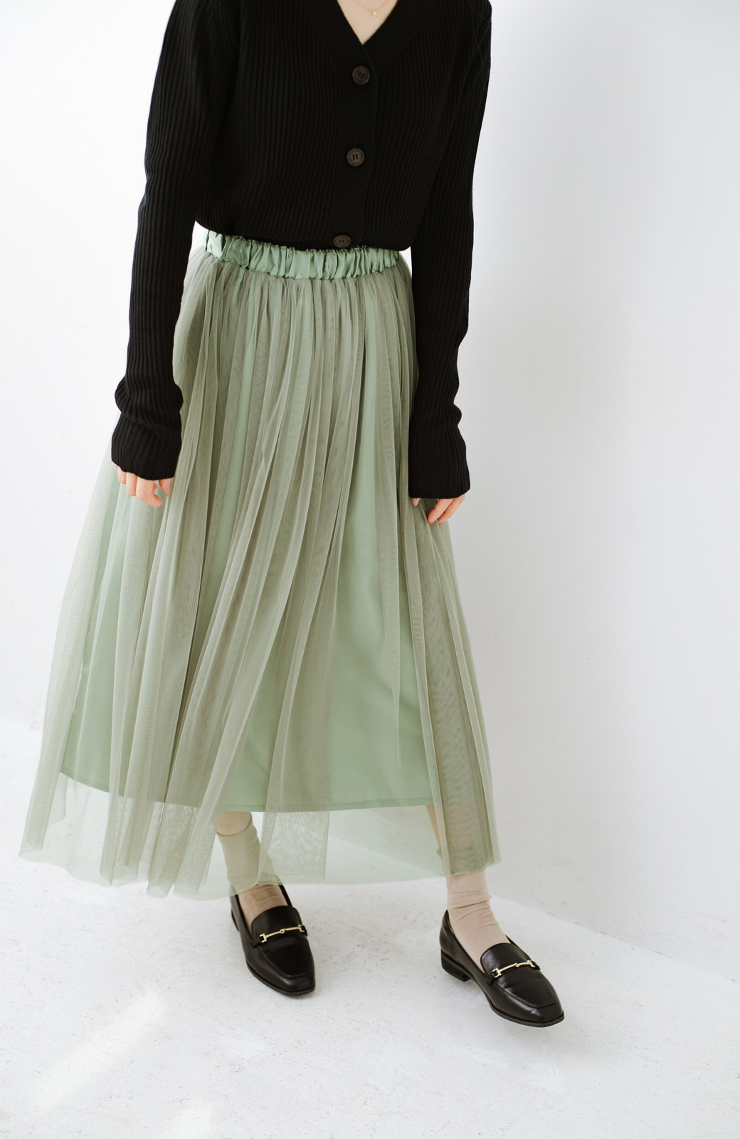 haco! 着るだけでルンとした気分になる! 長ーーい季節着られてずっと使えるオトナのためのチュールスカート <グリーン>の商品写真8