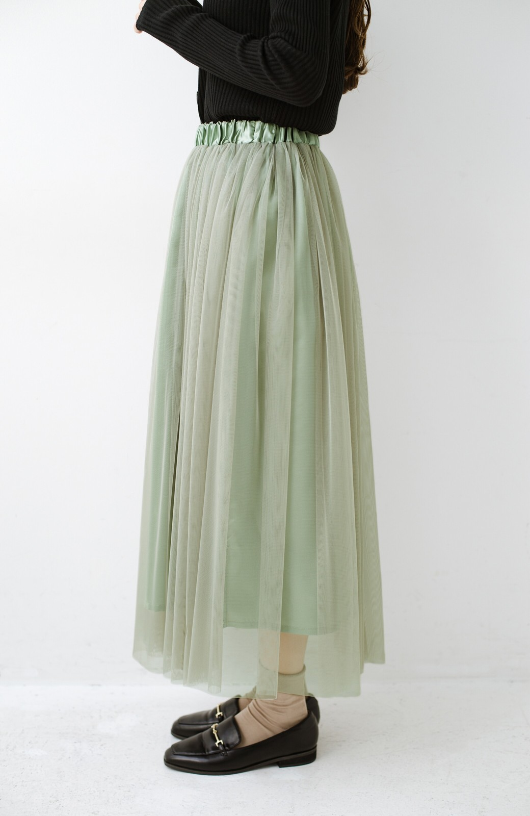 haco! 着るだけでルンとした気分になる! 長ーーい季節着られてずっと使えるオトナのためのチュールスカート <グリーン>の商品写真10