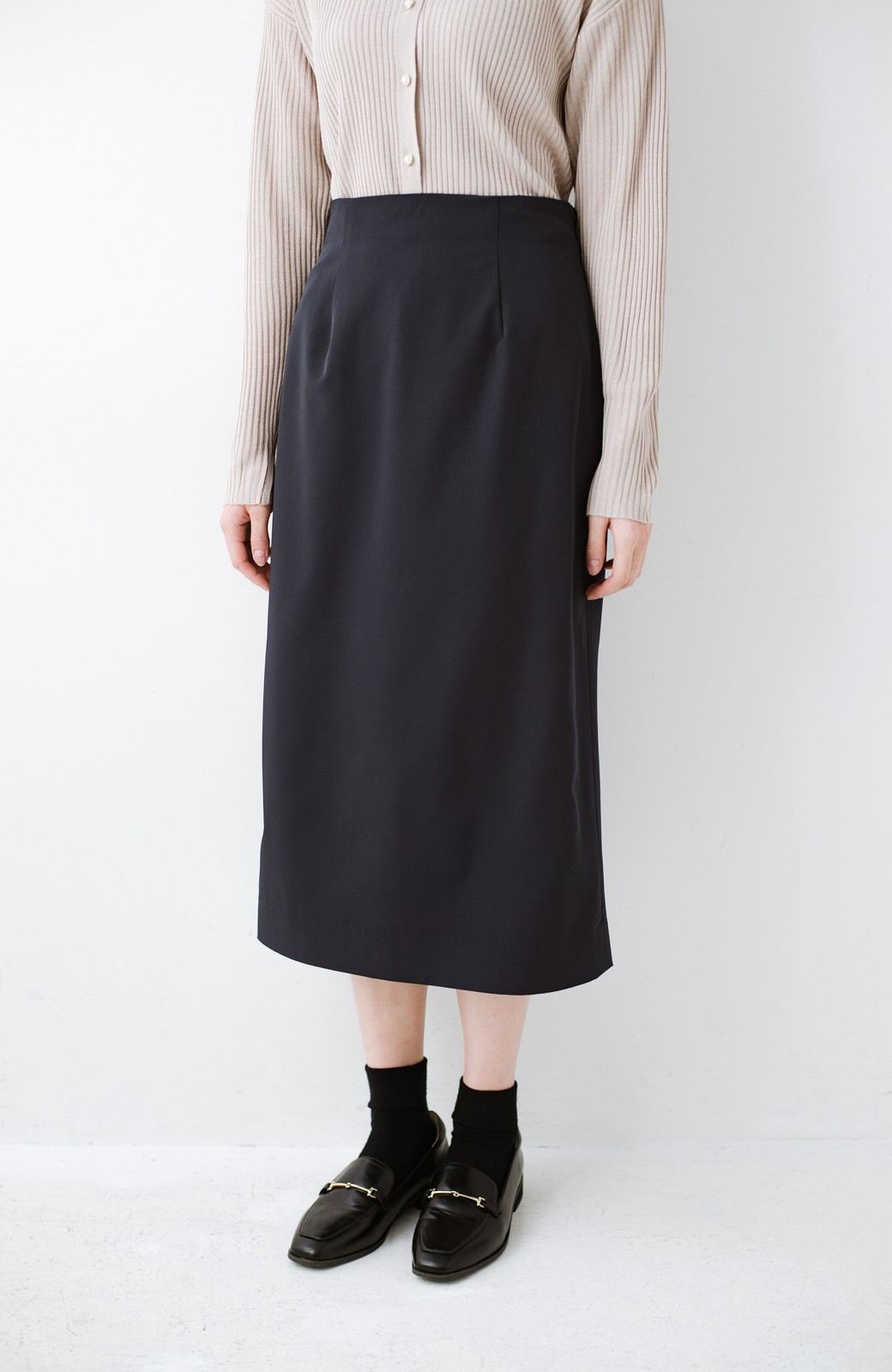 haco! 真面目すぎずにきちんと見えする サスペンダー付きタイトスカート by que made me <ネイビー>の商品写真16