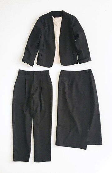 haco! いざというとき困らないための 大人のフォーマルジャケット・パンツ・スカート3点セット by que made me <ブラック>の商品写真