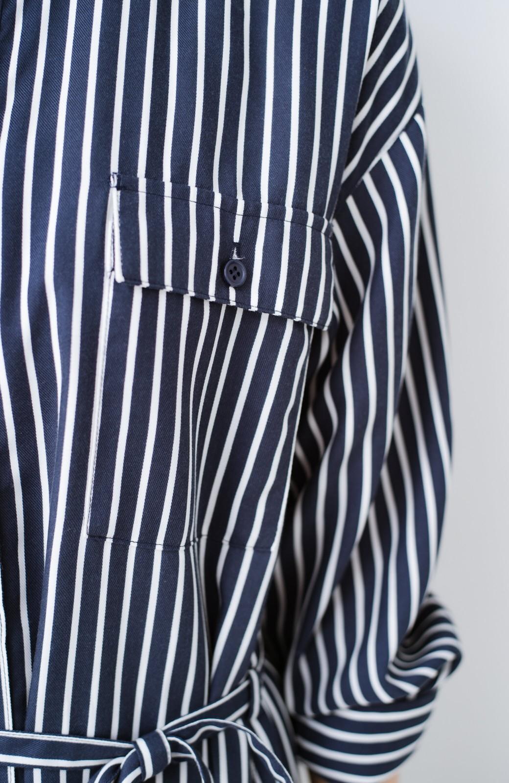 haco! 長ーーい季節着られる! 単品づかいはもちろん重ね着も楽しいシャツワンピース  <ネイビー>の商品写真4