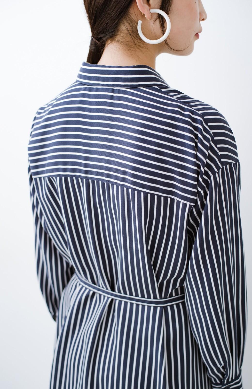 haco! 長ーーい季節着られる! 単品づかいはもちろん重ね着も楽しいシャツワンピース  <ネイビー>の商品写真8