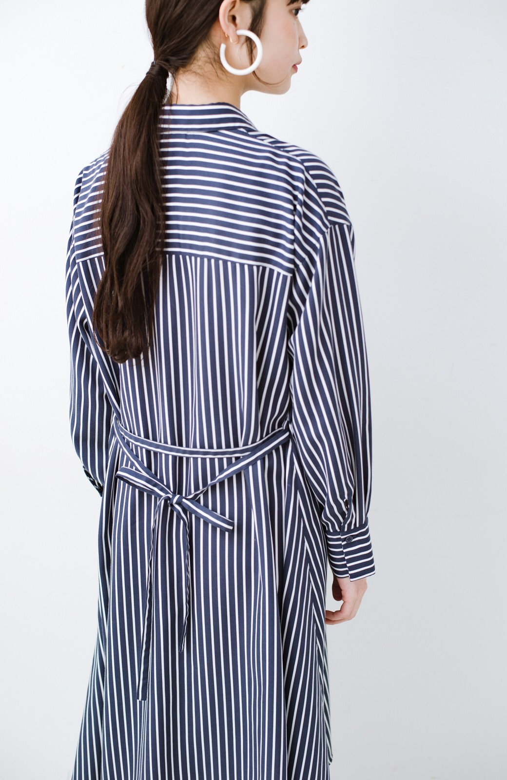haco! 長ーーい季節着られる! 単品づかいはもちろん重ね着も楽しいシャツワンピース  <ネイビー>の商品写真28