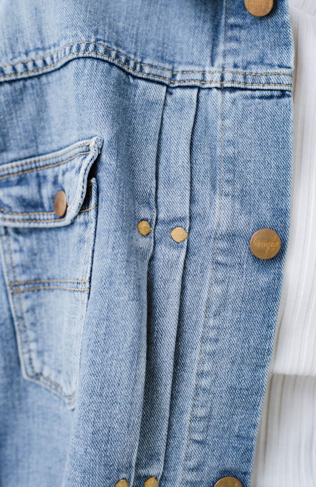 haco! Wrangler ワイドシルエットがかわいいデニムジャケット <ブルー>の商品写真4