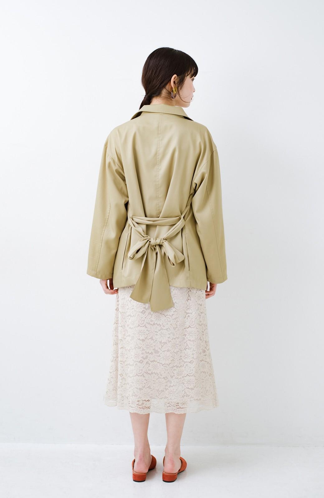 haco! とろみ素材とウエストリボンで女っぽ コートよりも気軽に羽織れるトレンチジャケット <ベージュ>の商品写真8