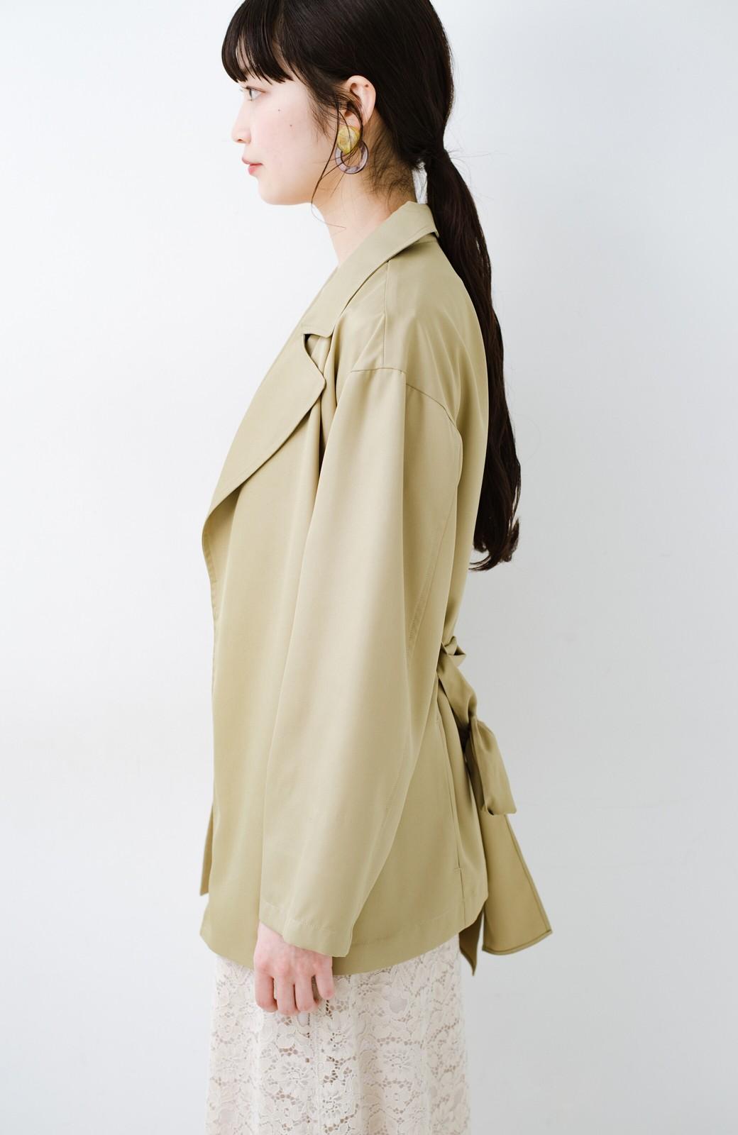 haco! とろみ素材とウエストリボンで女っぽ コートよりも気軽に羽織れるトレンチジャケット <ベージュ>の商品写真15