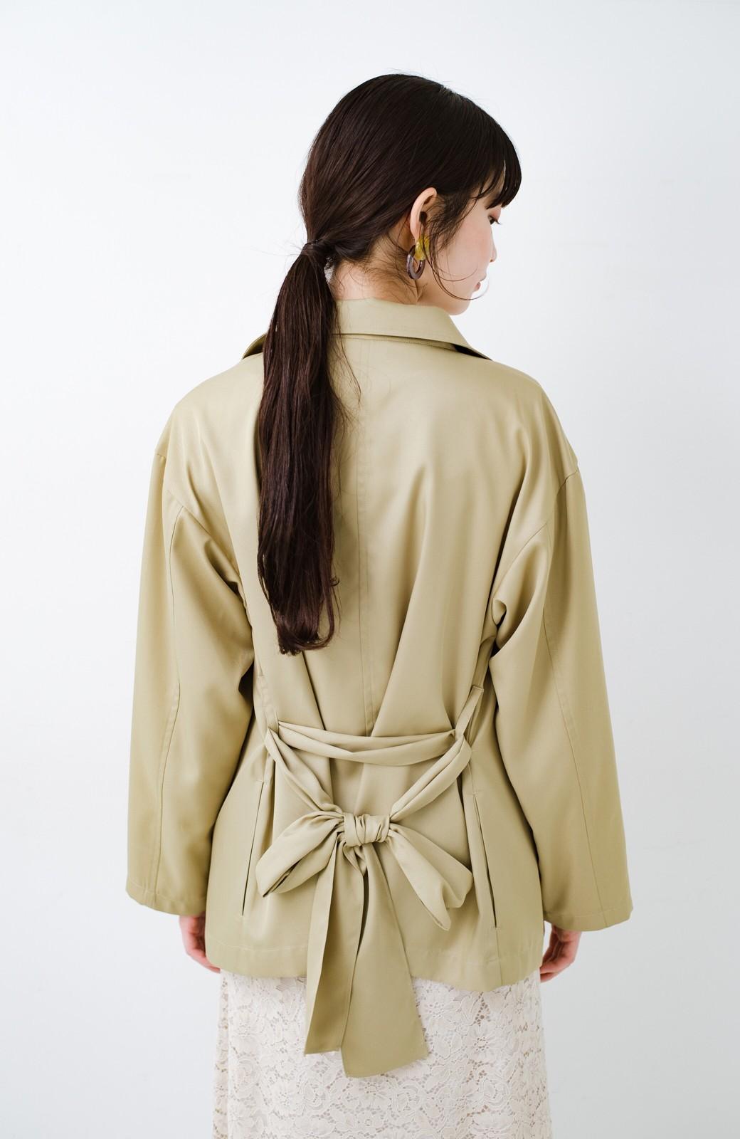 haco! とろみ素材とウエストリボンで女っぽ コートよりも気軽に羽織れるトレンチジャケット <ベージュ>の商品写真16