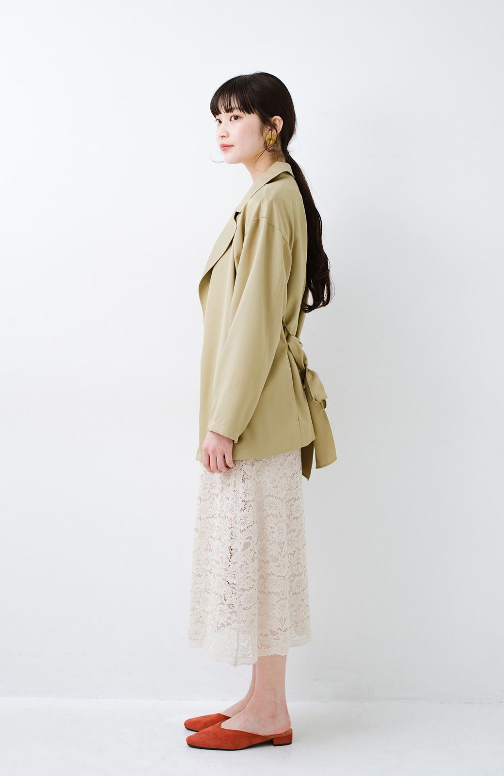 haco! とろみ素材とウエストリボンで女っぽ コートよりも気軽に羽織れるトレンチジャケット <ベージュ>の商品写真12