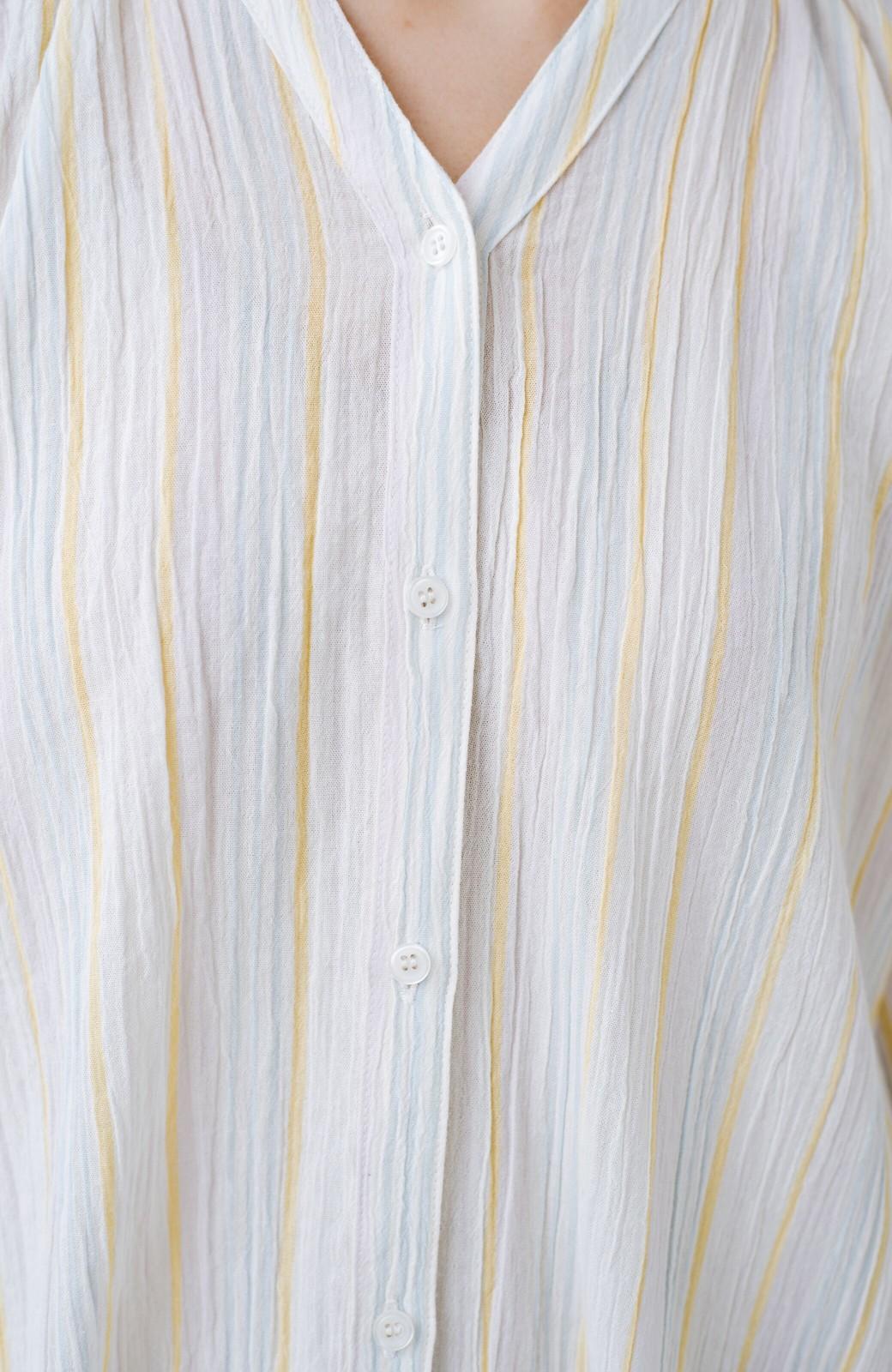 haco! haco! 時間のない朝でも気分の上がる コーデがパッと完成する 羽織にもなるやわらか楊柳素材のストライプワンピース <ホワイト×イエロー>の商品写真10