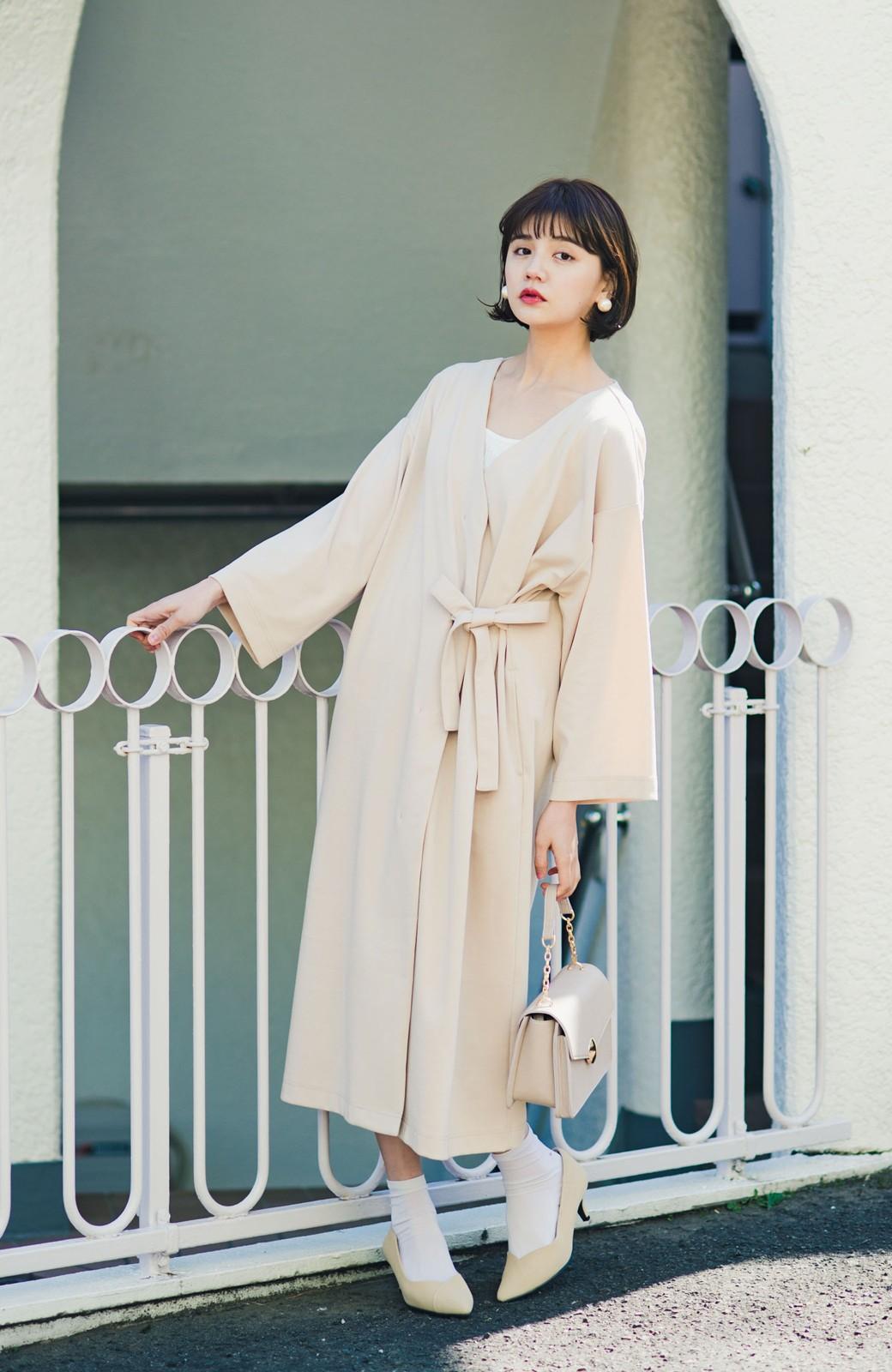 haco! サイドリボンと落ち感が女っぽい 羽織り&重ね着を楽しむカットソーワンピース <ピンクベージュ>の商品写真1