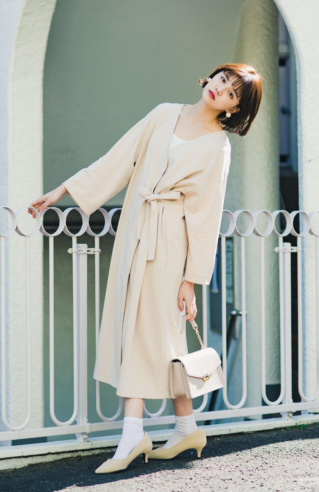 haco! サイドリボンと落ち感が女っぽい 羽織り&重ね着を楽しむカットソーワンピース <ピンクベージュ>の商品写真4