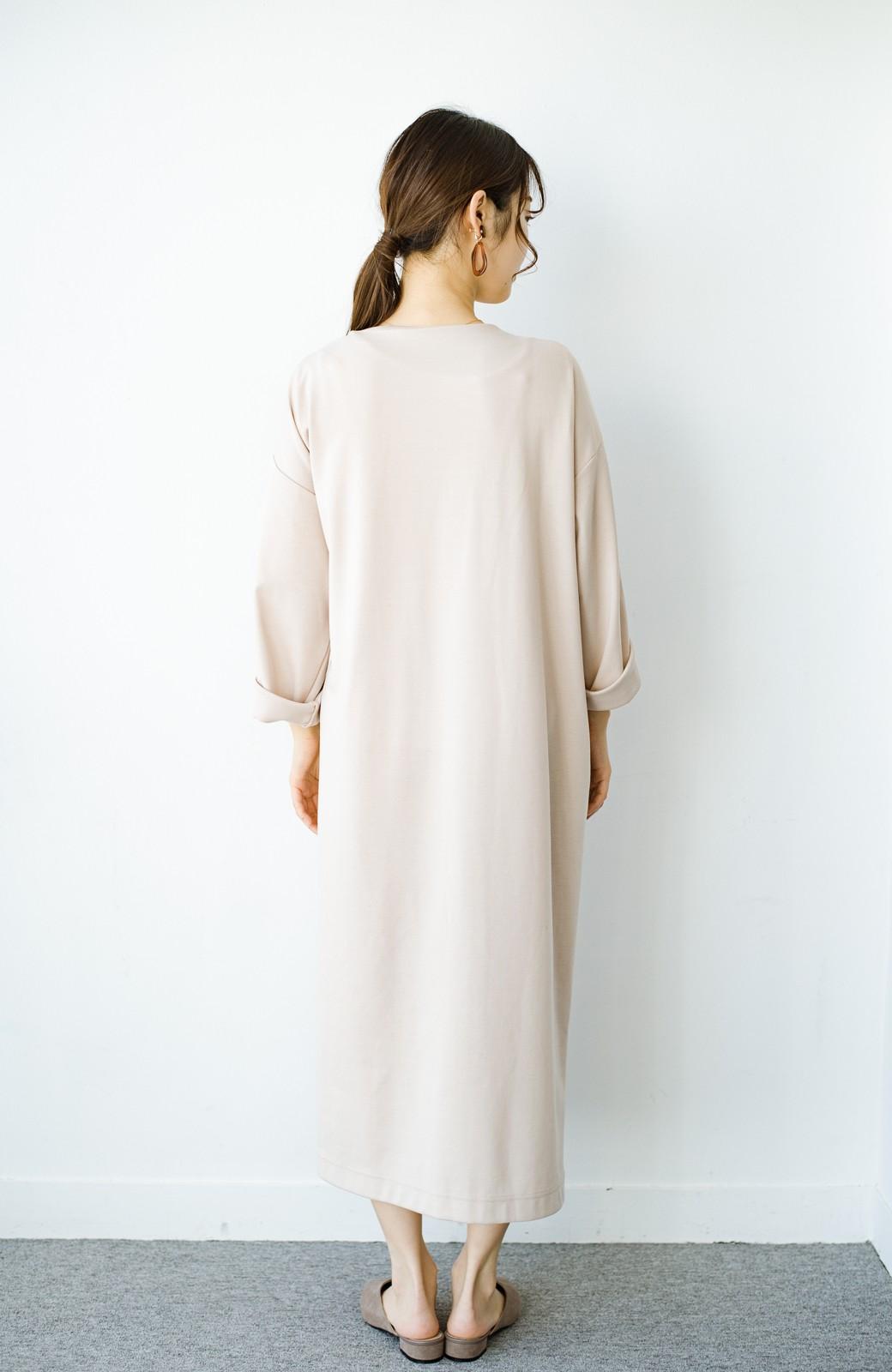 haco! サイドリボンと落ち感が女っぽい 羽織り&重ね着を楽しむカットソーワンピース <ピンクベージュ>の商品写真12