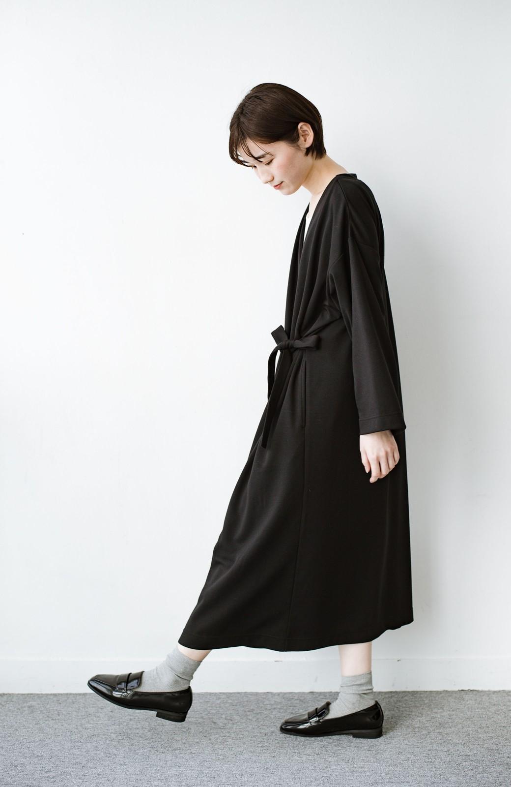 haco! サイドリボンと落ち感が女っぽい 羽織り&重ね着を楽しむカットソーワンピース <ブラック>の商品写真13