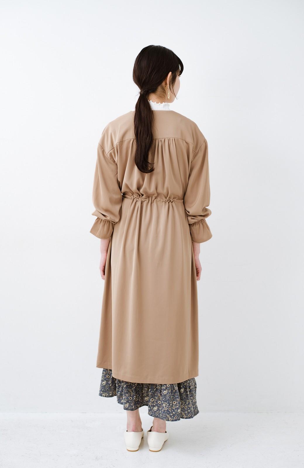 haco! パッと羽織ってルンとする 柔らか素材の女っぽロングコート <ライトブラウン>の商品写真17