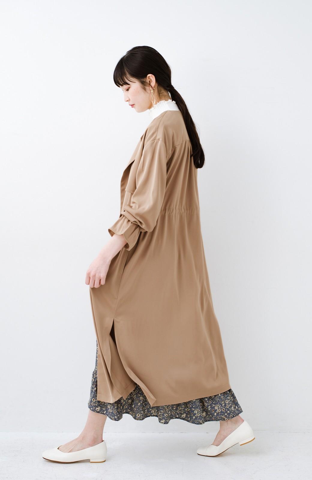 haco! パッと羽織ってルンとする 柔らか素材の女っぽロングコート <ライトブラウン>の商品写真13
