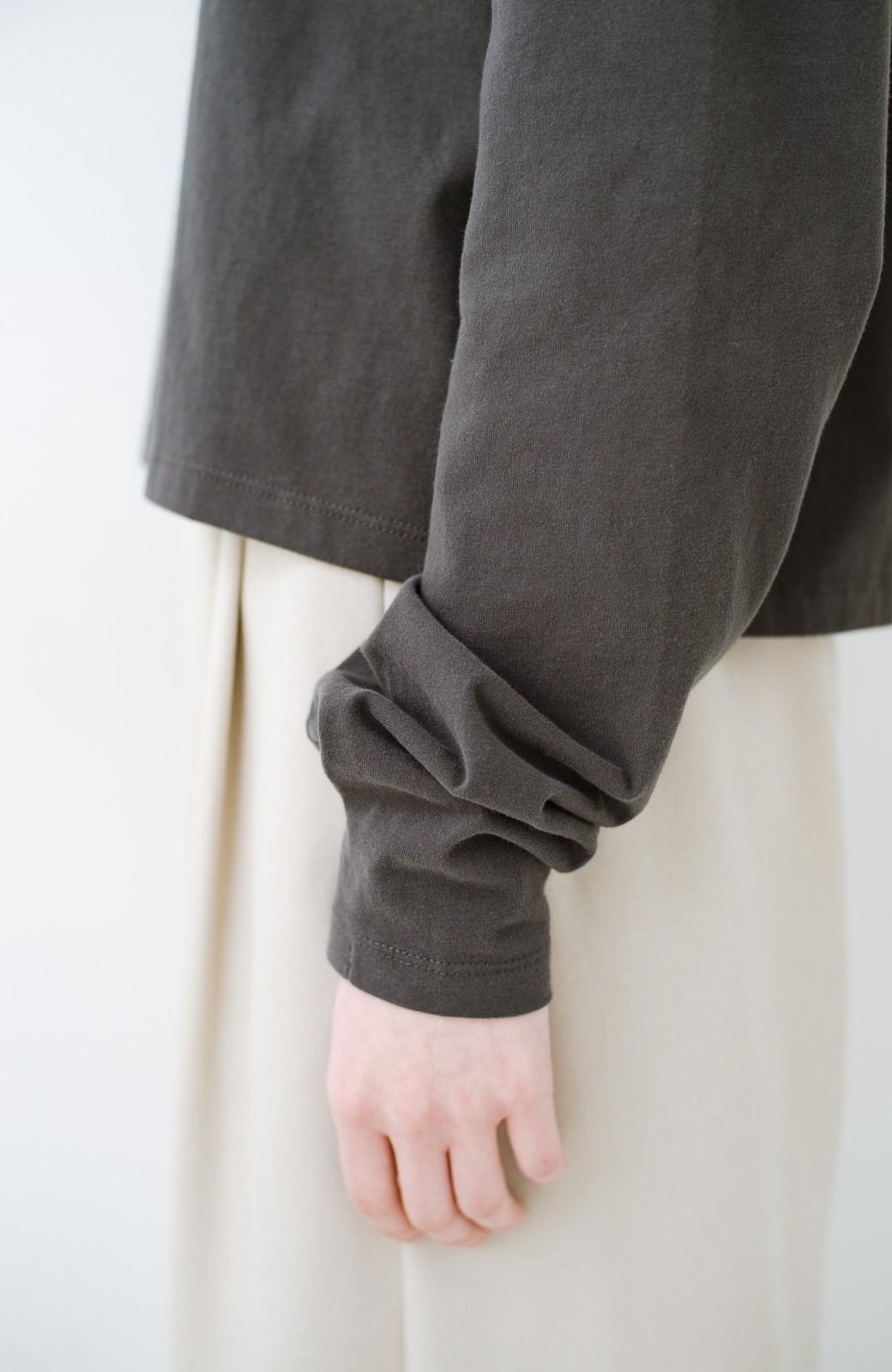 haco!  ゆるシルエットがオシャレ見え&華奢見せを叶える 便利すぎるロングTシャツ <チャコールグレー>の商品写真6