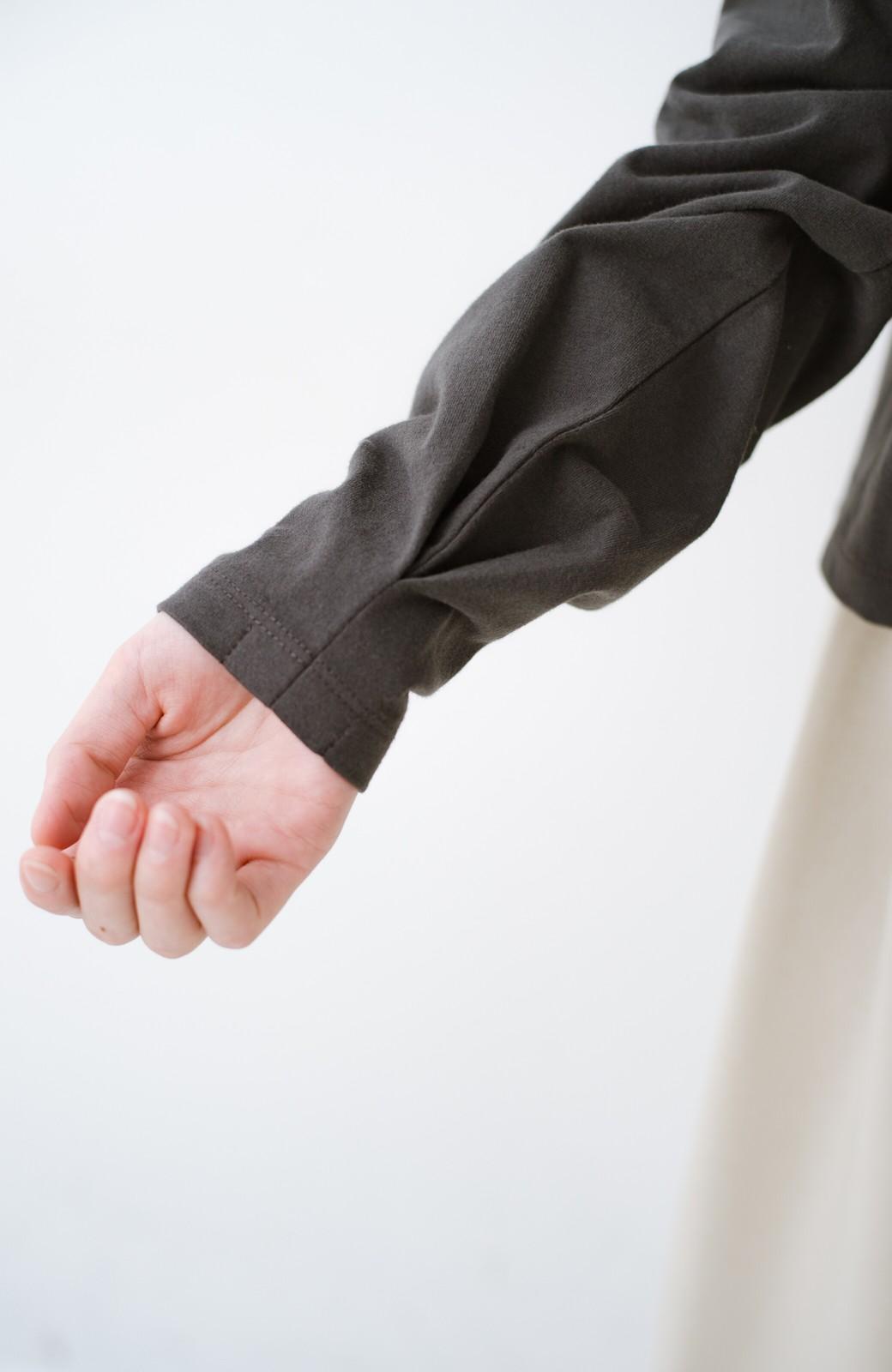 haco!  ゆるシルエットがオシャレ見え&華奢見せを叶える 便利すぎるロングTシャツ <チャコールグレー>の商品写真7