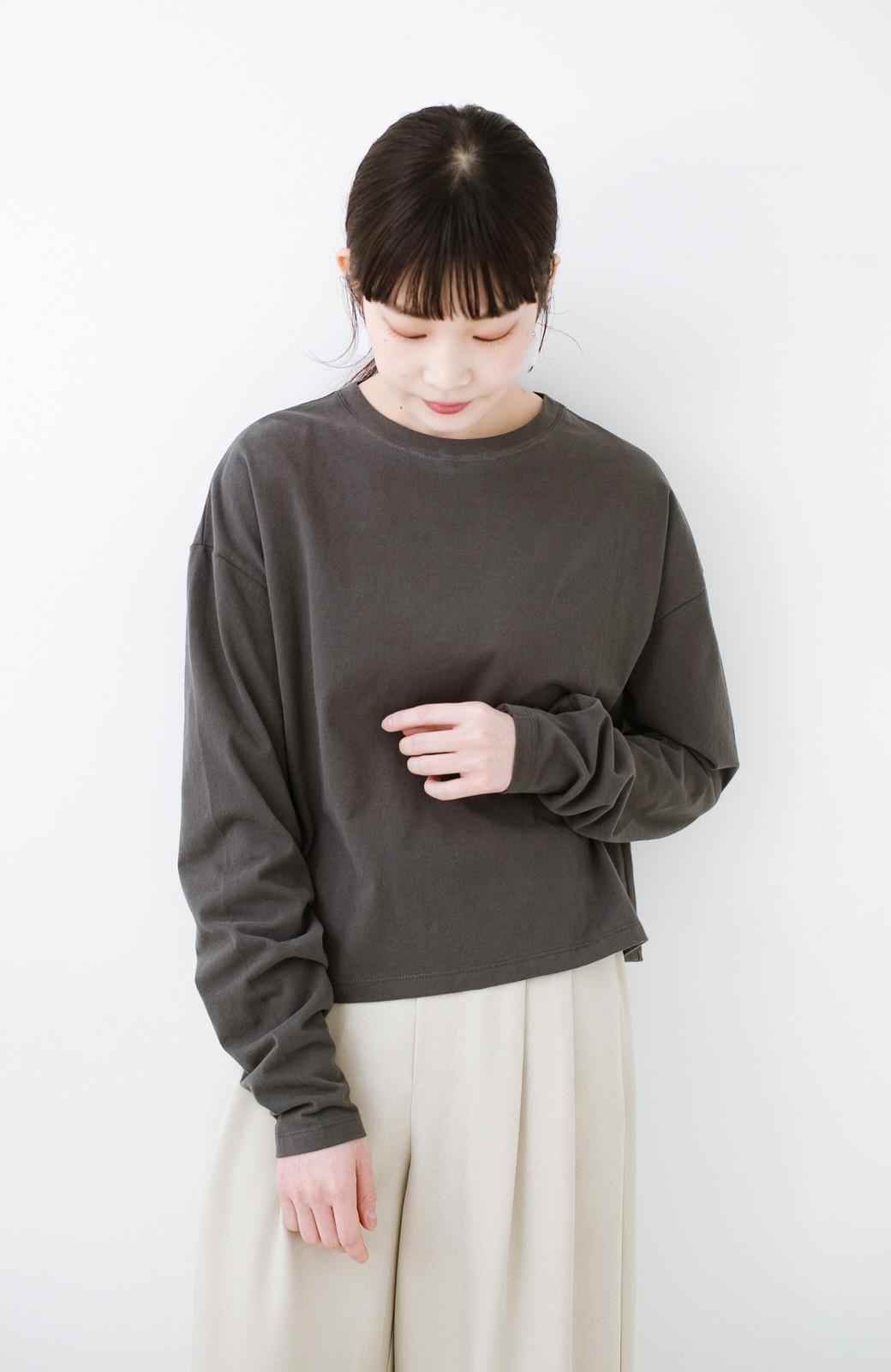 haco!  ゆるシルエットがオシャレ見え&華奢見せを叶える 便利すぎるロングTシャツ <チャコールグレー>の商品写真11