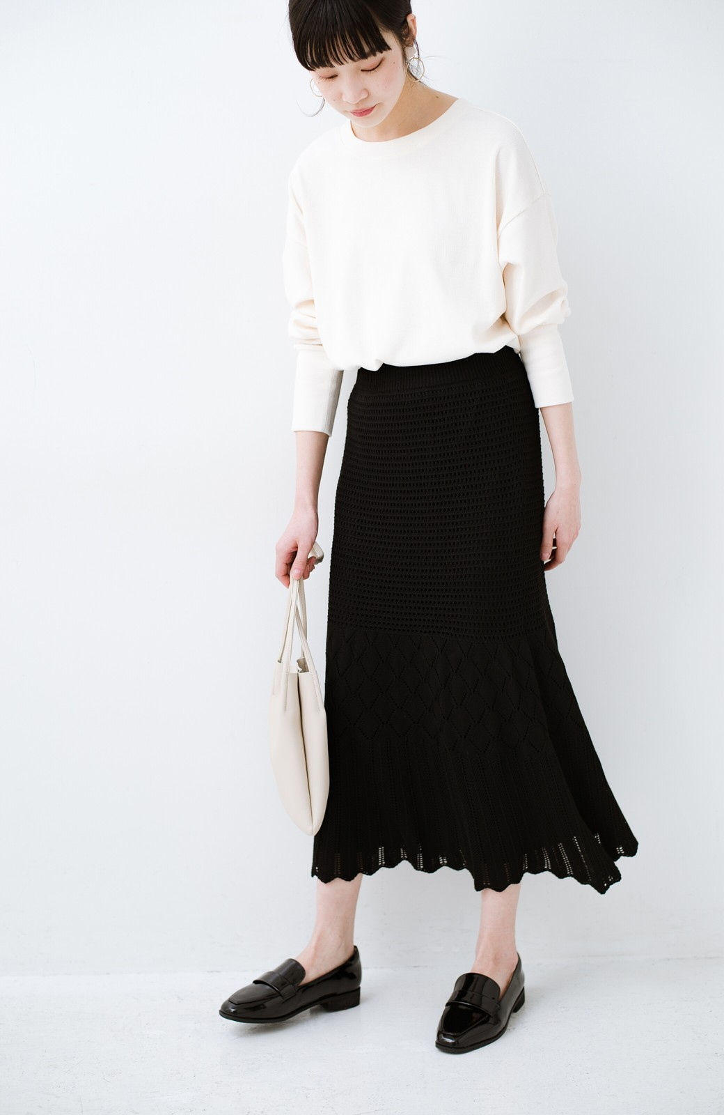 haco! 単品はもちろん重ね着してもかわいさが増す!透かし編みマーメイドスカート <ブラック>の商品写真22