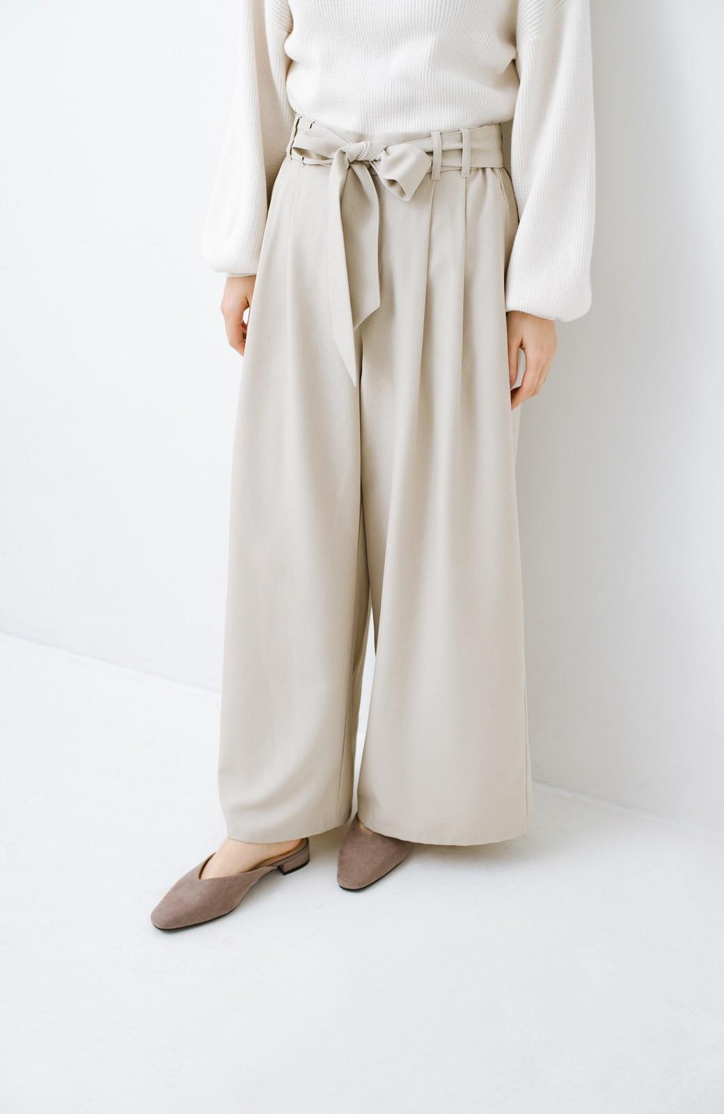 haco! もう玄関でもたつかない!パッと履けて女っぽいフラットミュールパンプス <グレイッシュベージュ>の商品写真8