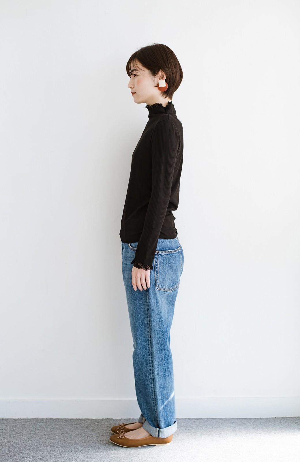 haco! 1枚でも重ねても便利!テレコ素材できれいに着られる衿レース付きカットソートップスby style zampa <ブラック>の商品写真9