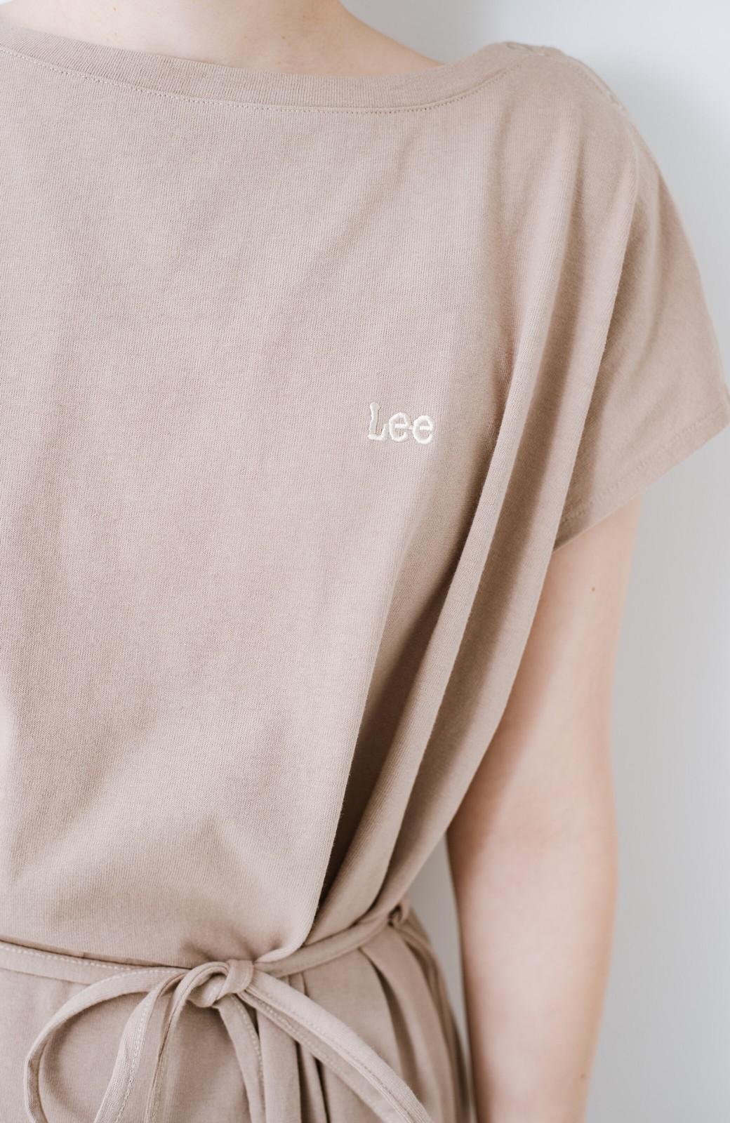 haco! 別注Lee 肩ボタンでさりげなく視線を上に向けてくれる  簡単ベンリなカットソーロングワンピース <ベージュ>の商品写真4