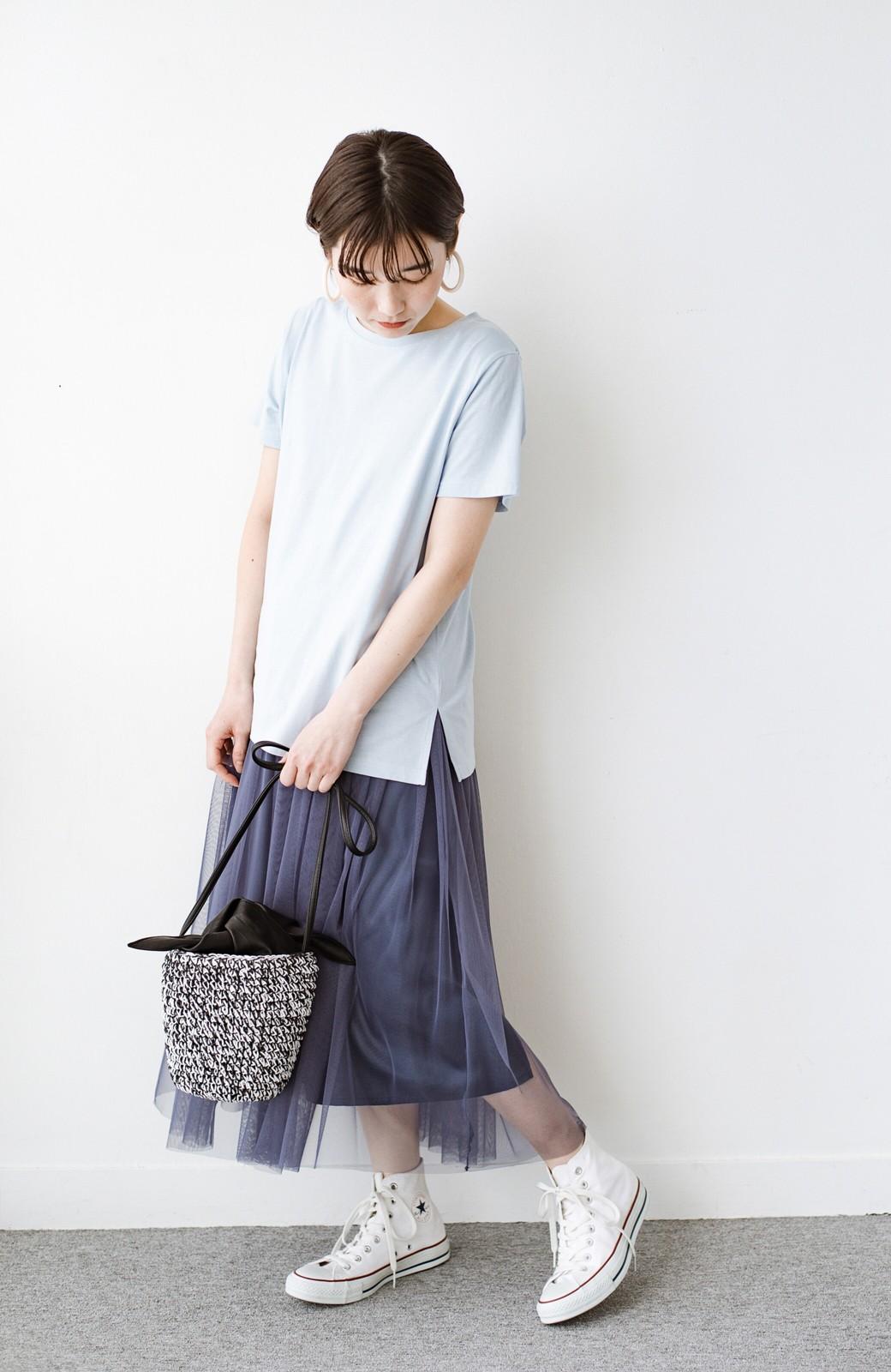 haco! 汗染み軽減加工で安心!1枚でも重ね着にも便利なシンプルTシャツ by ZAMPA <サックスブルー>の商品写真5