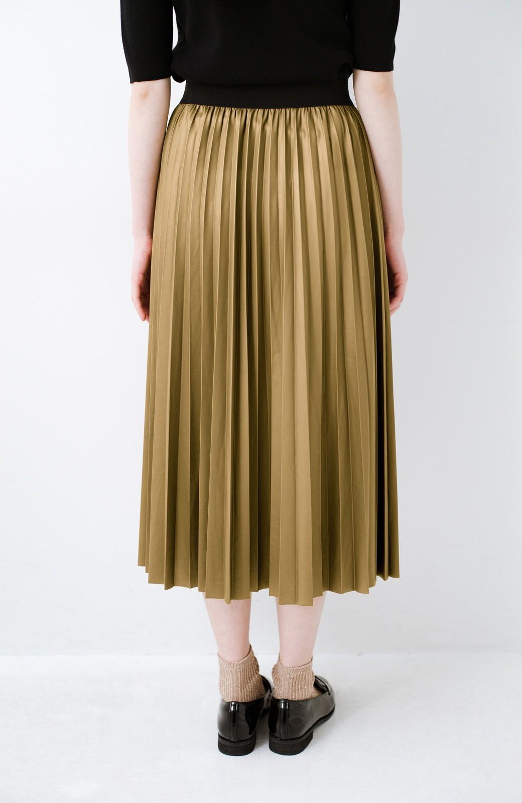 haco! コーデが一気に引き締まるフェイクレザー風プリーツスカート by laulea  <マスタード>の商品写真5