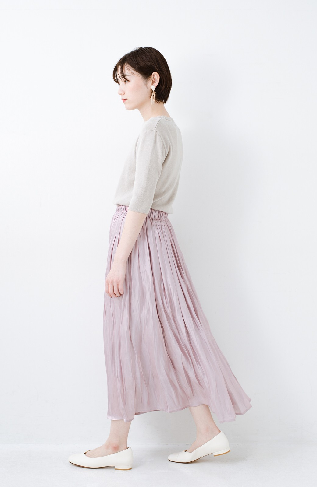 haco! 1枚でも重ね着にも便利なキラキラ素材がかわいいロングスカート by laulea <スモークピンク>の商品写真9