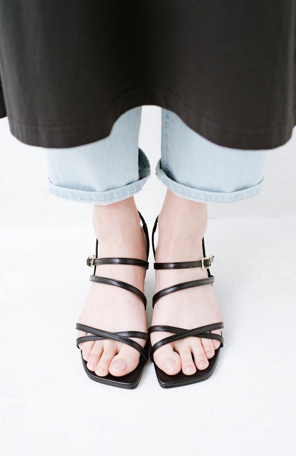 haco! 玄関でこれを履くだけでコーデが女っぽく&今っぽくまとまる 華奢な紐のヒールサンダル <ブラック>の商品写真8