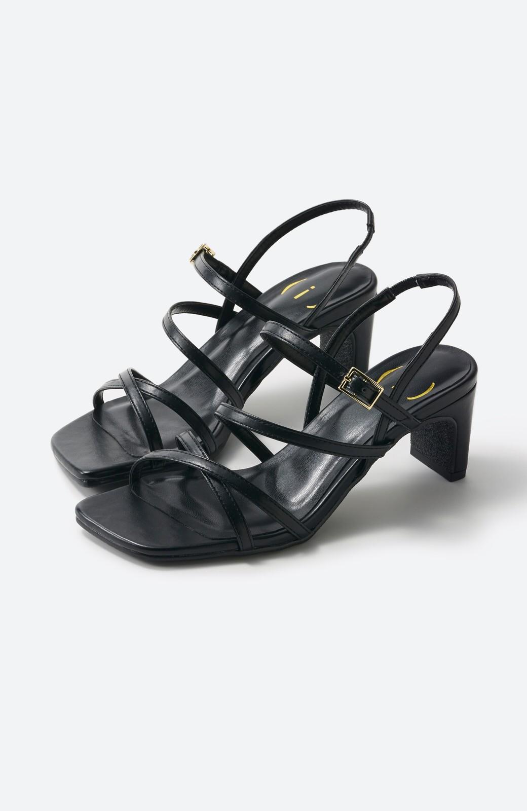 haco! 玄関でこれを履くだけでコーデが女っぽく&今っぽくまとまる 華奢な紐のヒールサンダル <ブラック>の商品写真13