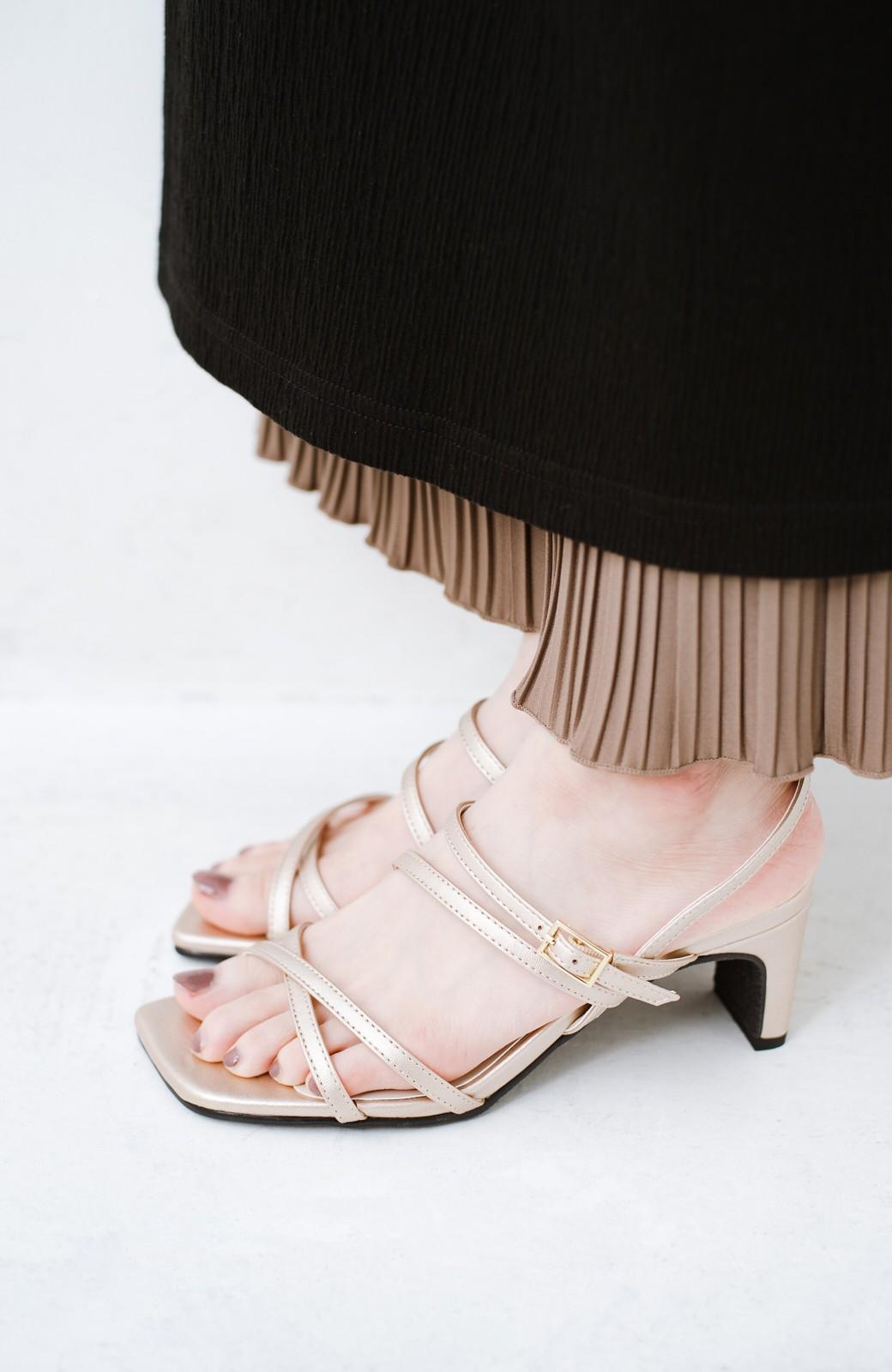 haco! 玄関でこれを履くだけでコーデが女っぽく&今っぽくまとまる 華奢な紐のヒールサンダル <ゴールド>の商品写真6