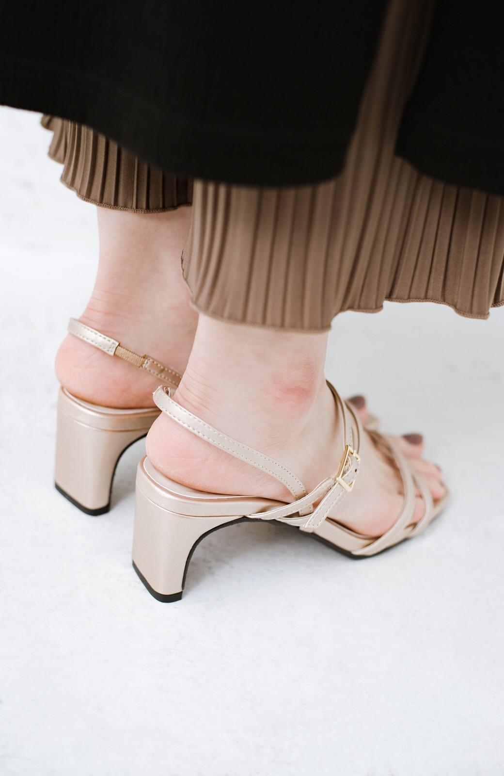haco! 玄関でこれを履くだけでコーデが女っぽく&今っぽくまとまる 華奢な紐のヒールサンダル <ゴールド>の商品写真7