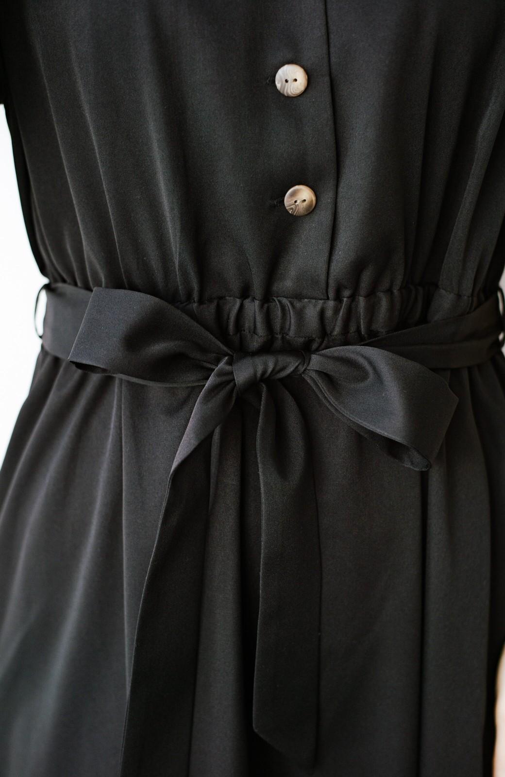 haco! きちんとしなきゃいけないけど可愛くいたいときに便利な とろみ素材の開衿ワンピース <ブラック>の商品写真4