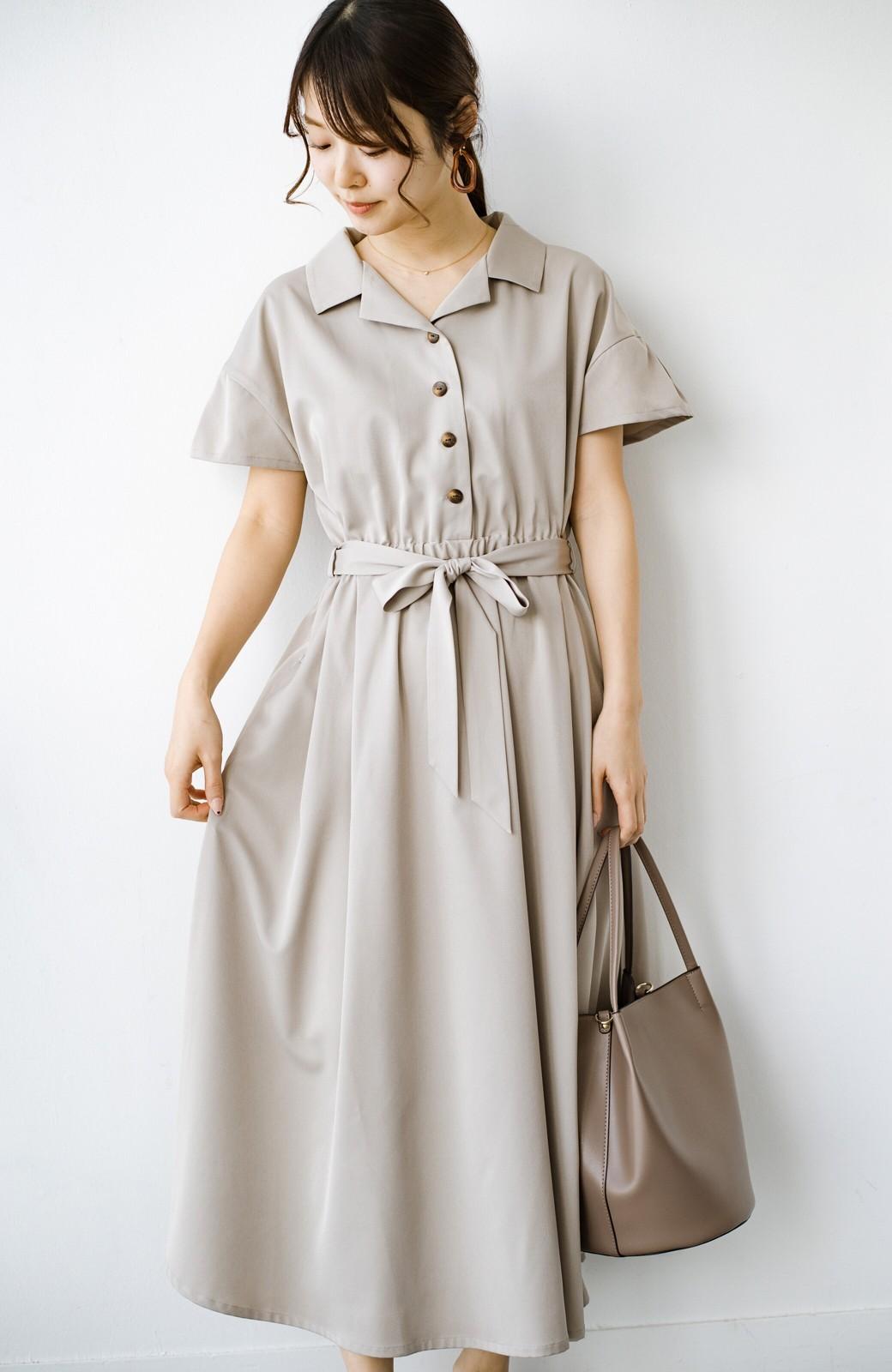 haco! きちんとしなきゃいけないけど可愛くいたいときに便利な とろみ素材の開衿ワンピース <ベージュ>の商品写真15