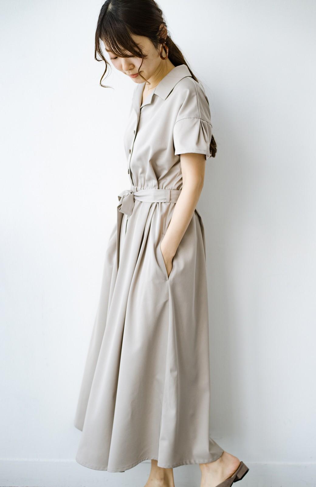 haco! きちんとしなきゃいけないけど可愛くいたいときに便利な とろみ素材の開衿ワンピース <ベージュ>の商品写真16