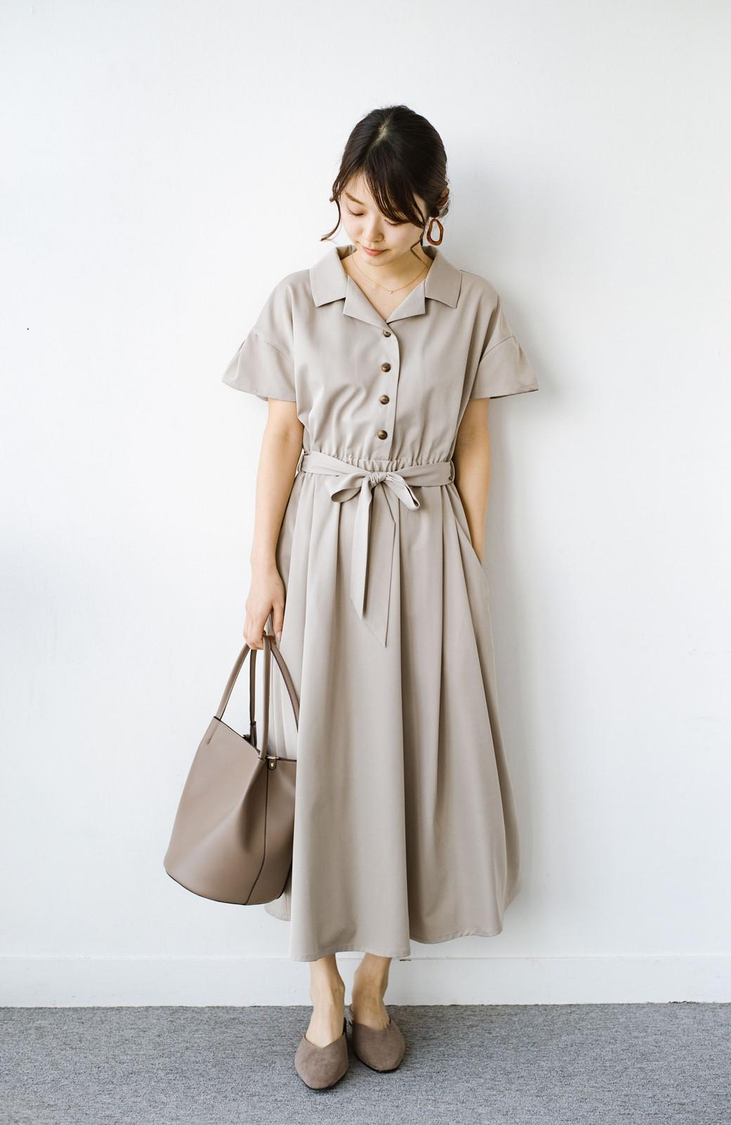 haco! きちんとしなきゃいけないけど可愛くいたいときに便利な とろみ素材の開衿ワンピース <ベージュ>の商品写真6