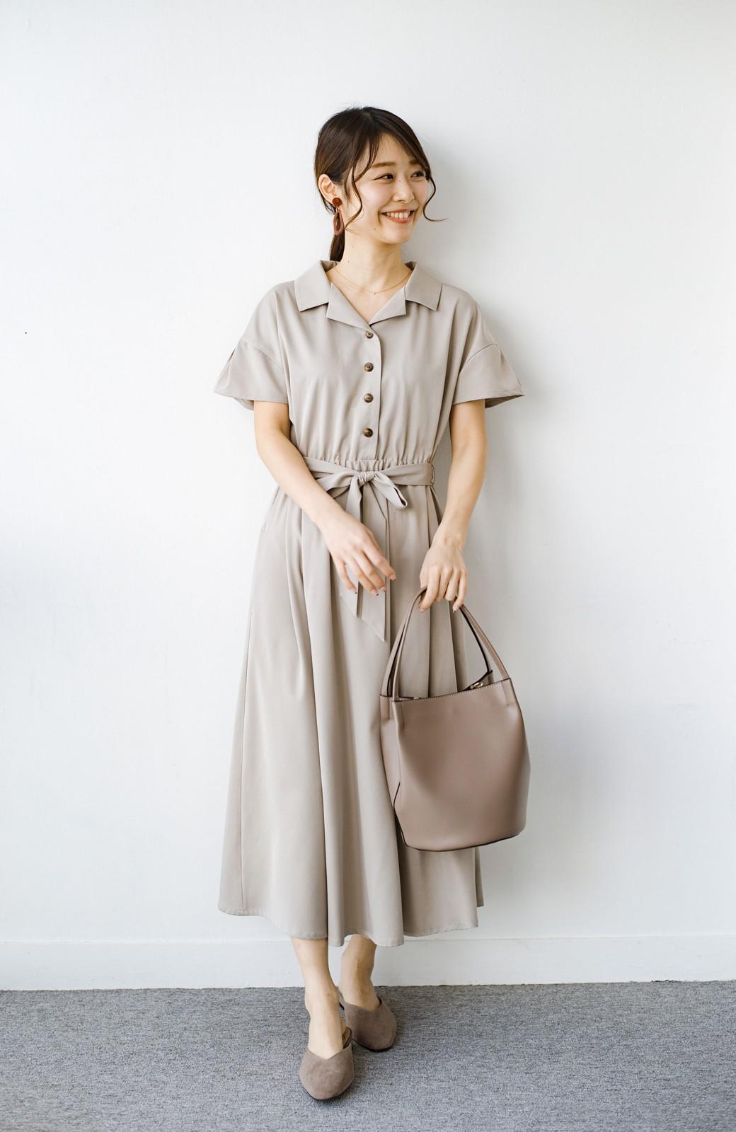 haco! きちんとしなきゃいけないけど可愛くいたいときに便利な とろみ素材の開衿ワンピース <ベージュ>の商品写真7