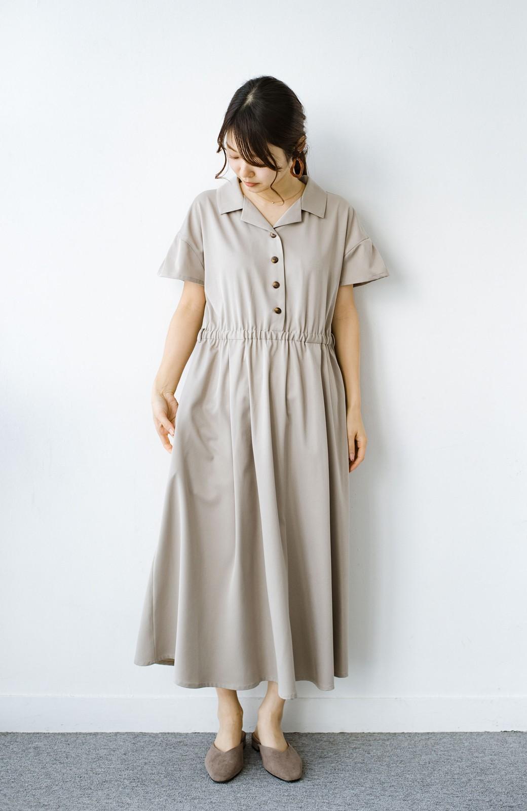 haco! きちんとしなきゃいけないけど可愛くいたいときに便利な とろみ素材の開衿ワンピース <ベージュ>の商品写真8