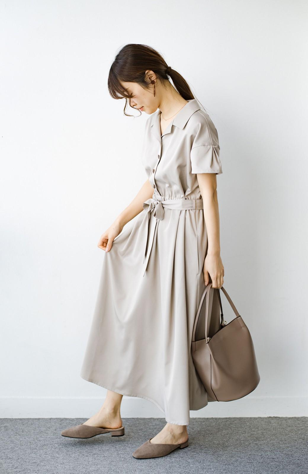 haco! きちんとしなきゃいけないけど可愛くいたいときに便利な とろみ素材の開衿ワンピース <ベージュ>の商品写真10