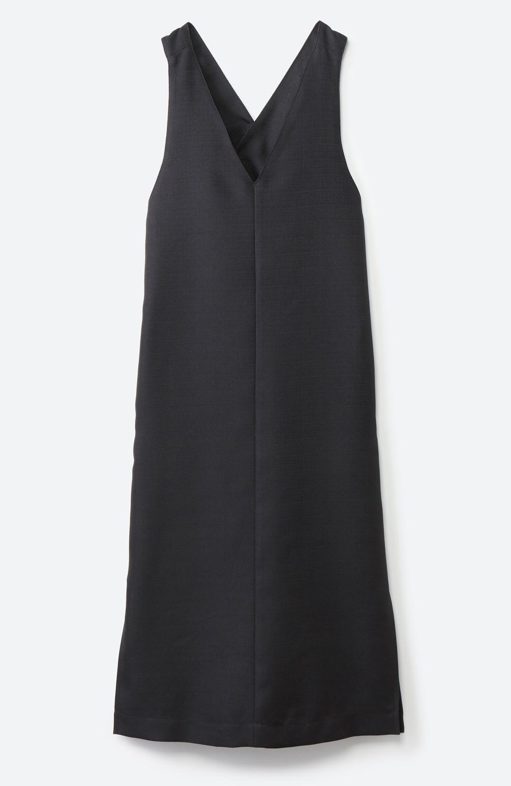 haco! 何てことないTシャツと重ねるだけでパッとかわいくなれる 魔法のようなジャンパースカート <ブラック>の商品写真2