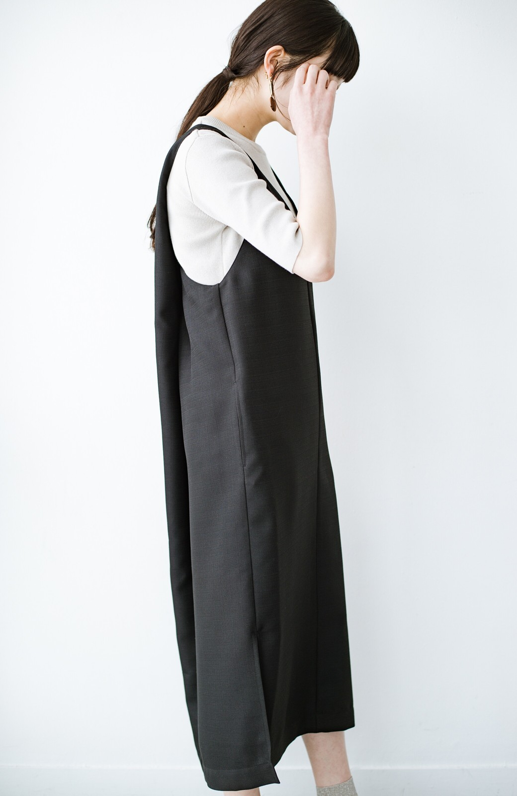 haco! 何てことないTシャツと重ねるだけでパッとかわいくなれる 魔法のようなジャンパースカート <ブラック>の商品写真17