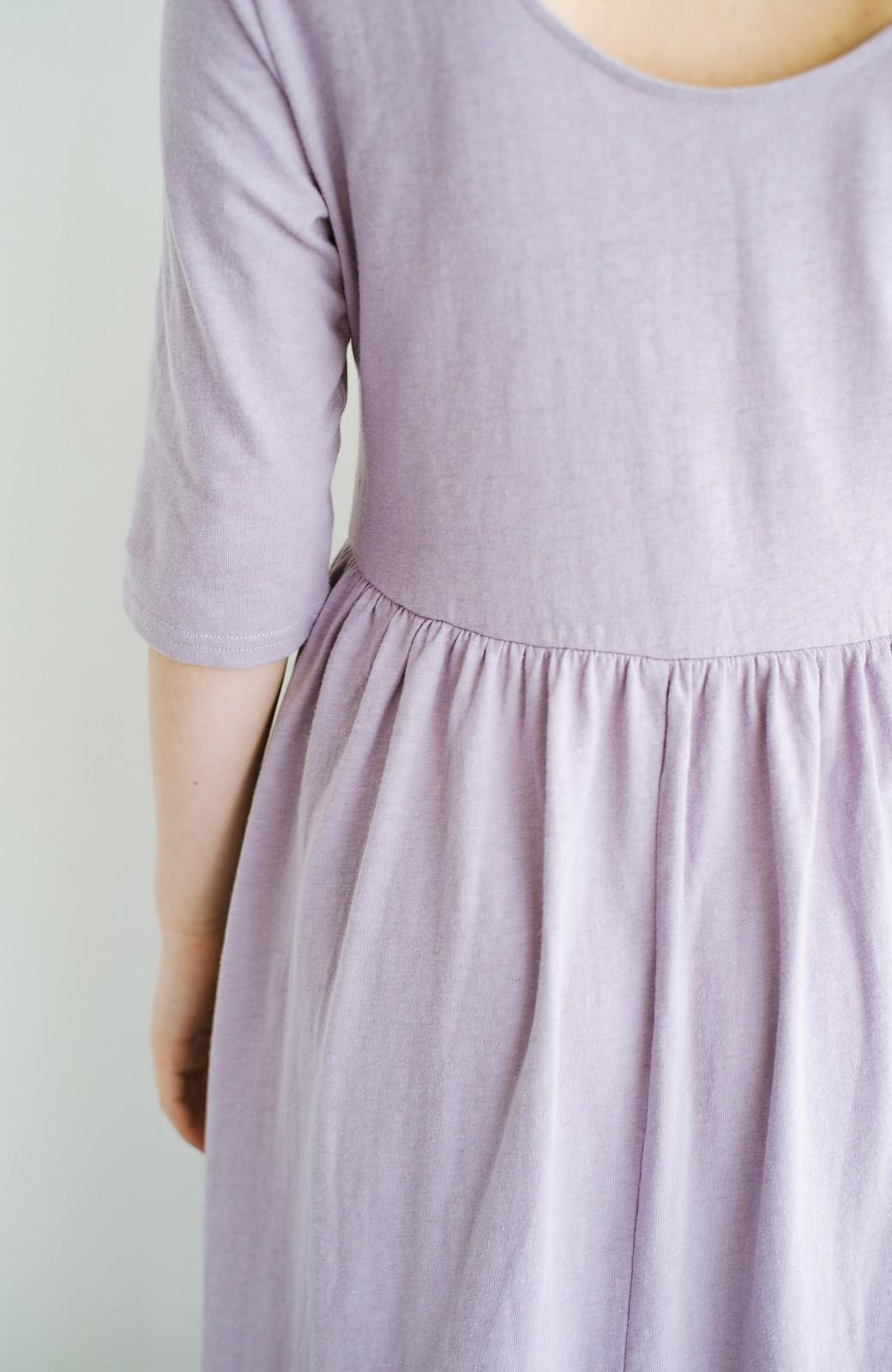 haco! こっそり色っぽ忍ばせて すぽっと着るだけで大人かわいい背中開きワンピース <ラベンダー>の商品写真6