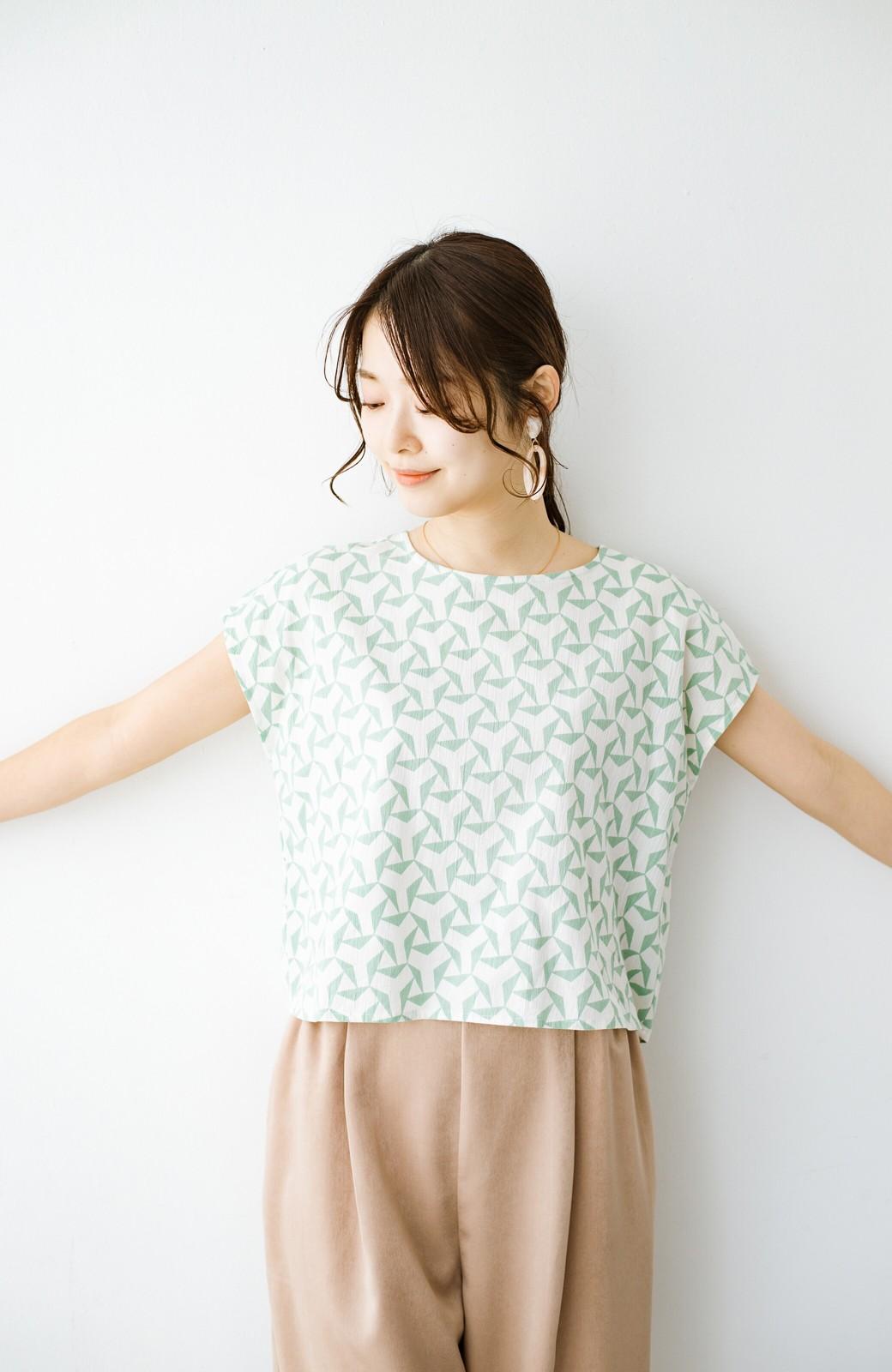 haco! 京都の浴衣屋さんと作った浴衣生地の後ろボタンブラウス <ホワイト×グリーン>の商品写真9