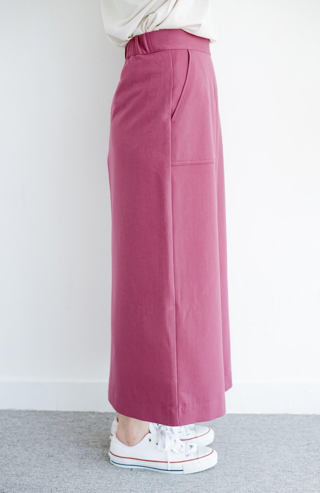 haco! カジュアルにもきれいめにも着られて便利 スリットが女っぽいセミタイトスカート <ピンク>の商品写真4