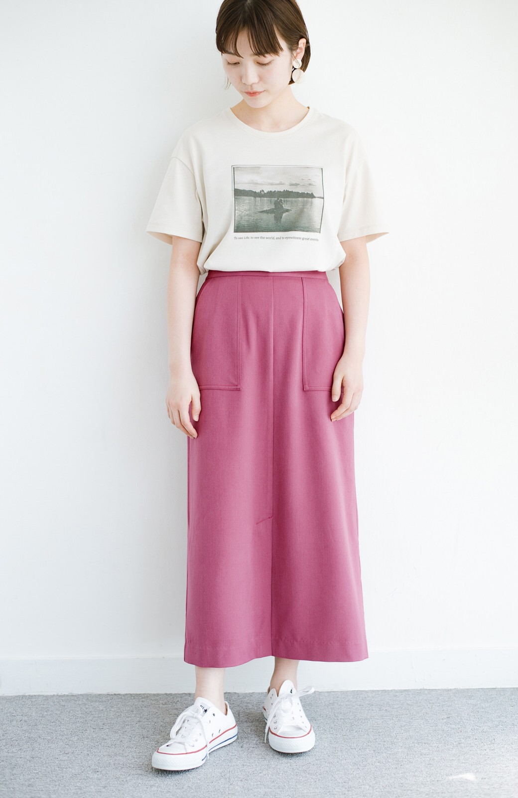 haco! カジュアルにもきれいめにも着られて便利 スリットが女っぽいセミタイトスカート <ピンク>の商品写真2