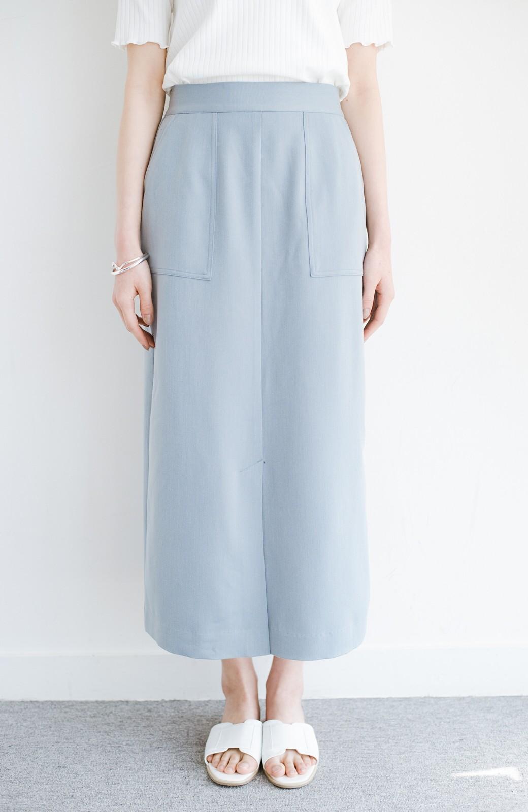 haco! カジュアルにもきれいめにも着られて便利 スリットが女っぽいセミタイトスカート <ブルー>の商品写真3