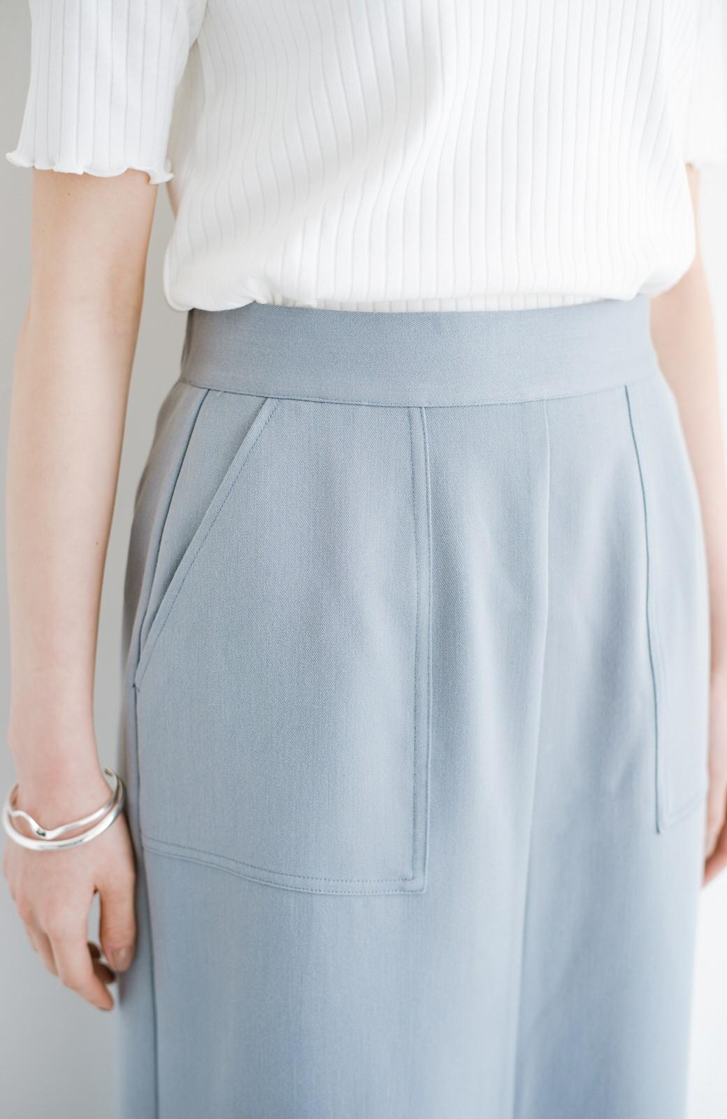 haco! カジュアルにもきれいめにも着られて便利 スリットが女っぽいセミタイトスカート <ブルー>の商品写真6